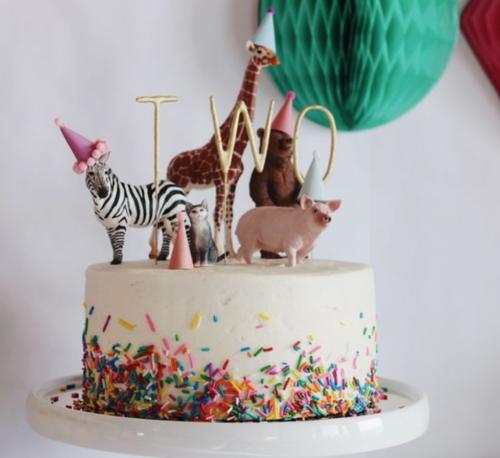 verjaardagstaart met diertjes