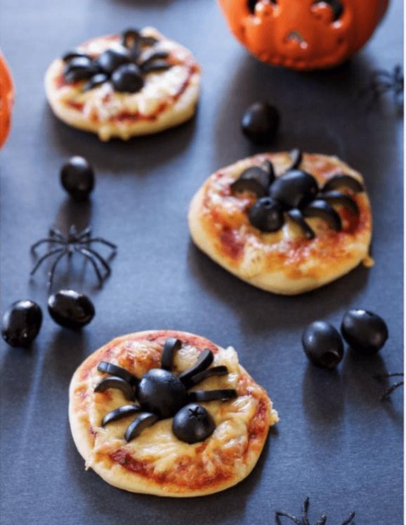 Halloween mini-pizza's