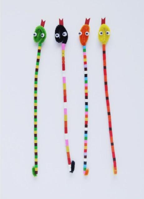 Vrolijke slangetjes met strijkparels