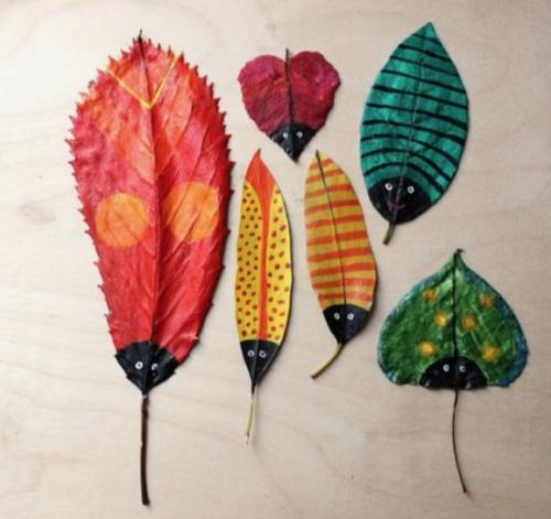 herfst knutselen geverfde bladeren