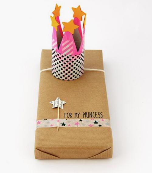 Cadeautjes inpakken_kroontje