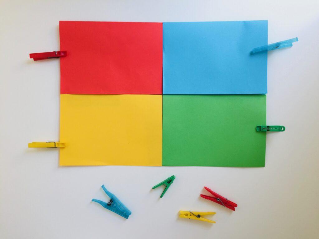 Kleuteractiviteiten kleuren herkennen met wasknijpers